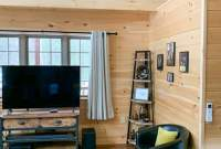 Mountaineer Deluxe Cabin with tv
