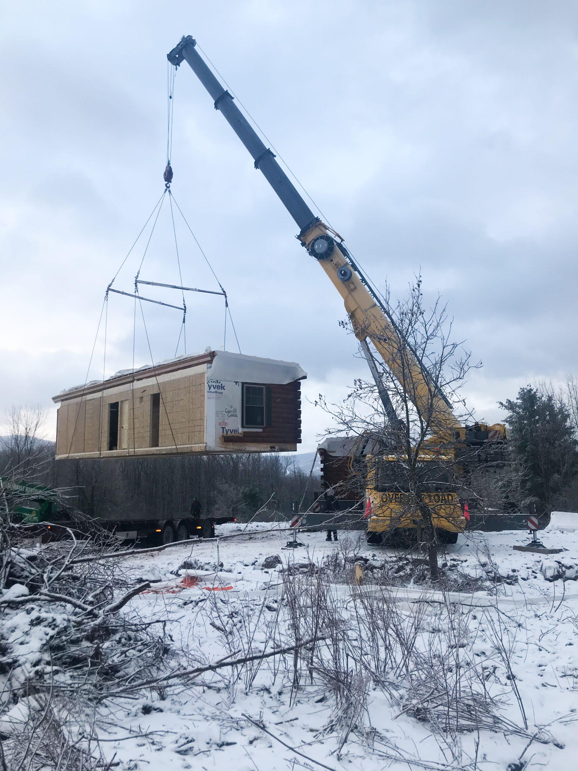 lifting cabin in jewett new york