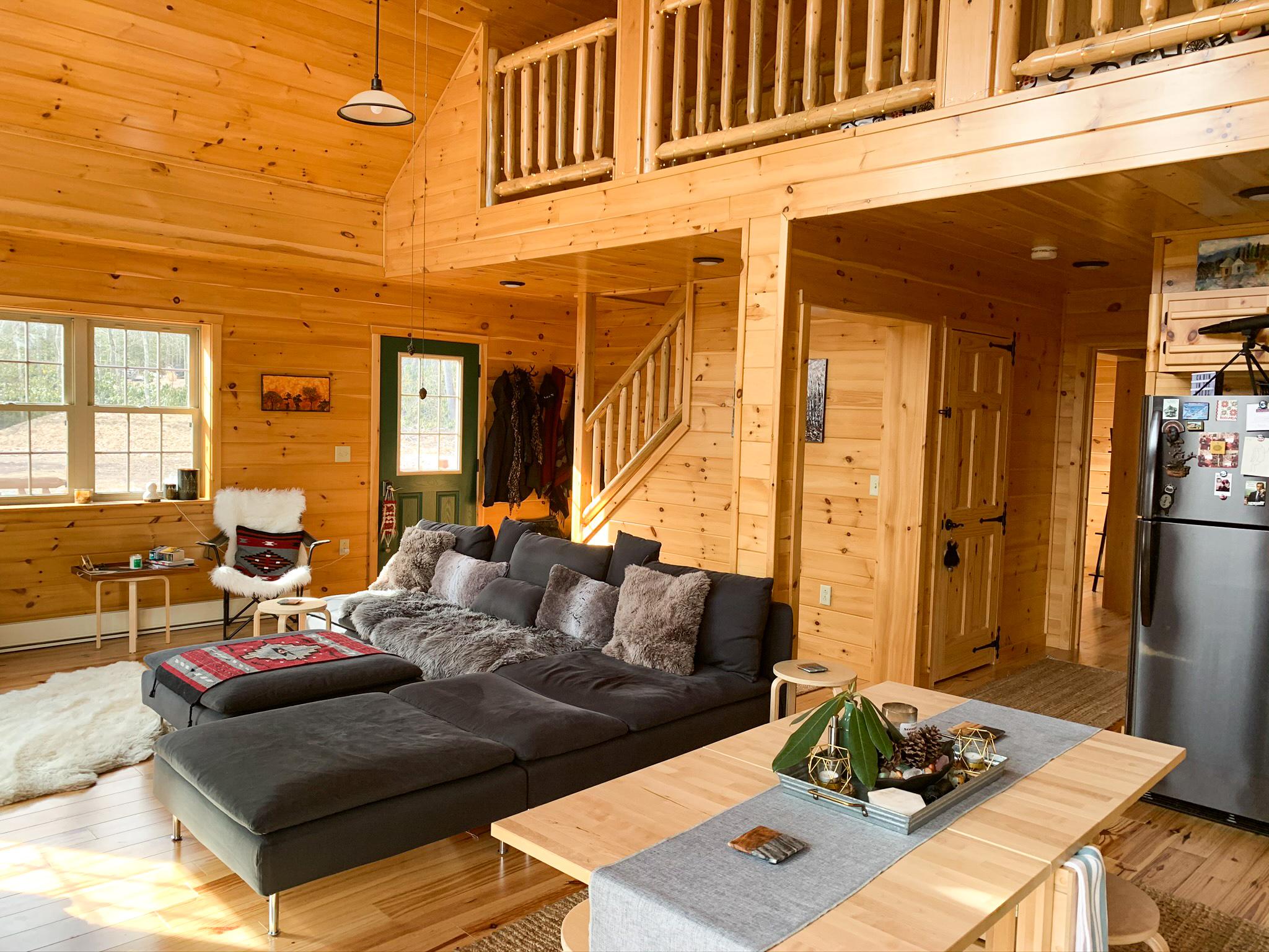 living room in cabin in jim thorpe pa