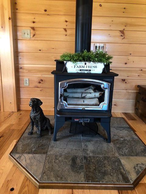 fireplace in cabin in jerfferson new hamshire 1