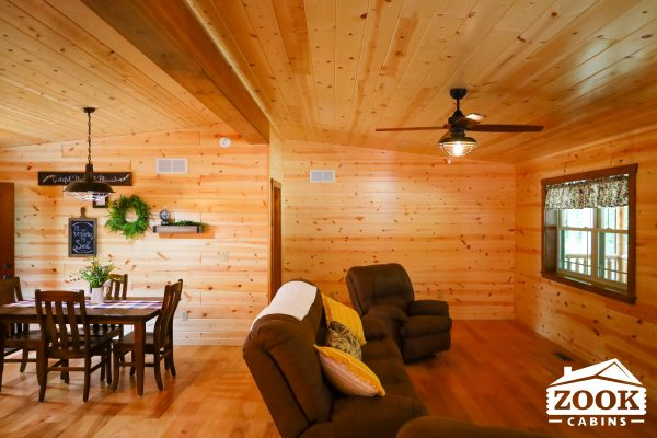 Living area of Sunset Ridge 1