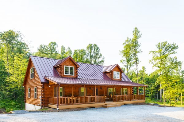 Big/Small Luxury Log Cabin | Amish Carpenters | Zook Cabins