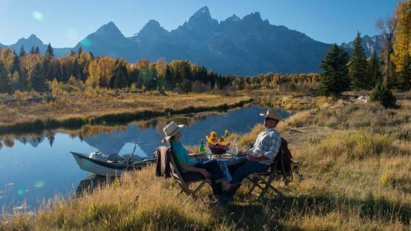 travel to jackson hole with locals