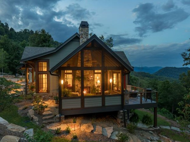 Modern Mountain Style Setting on a hill