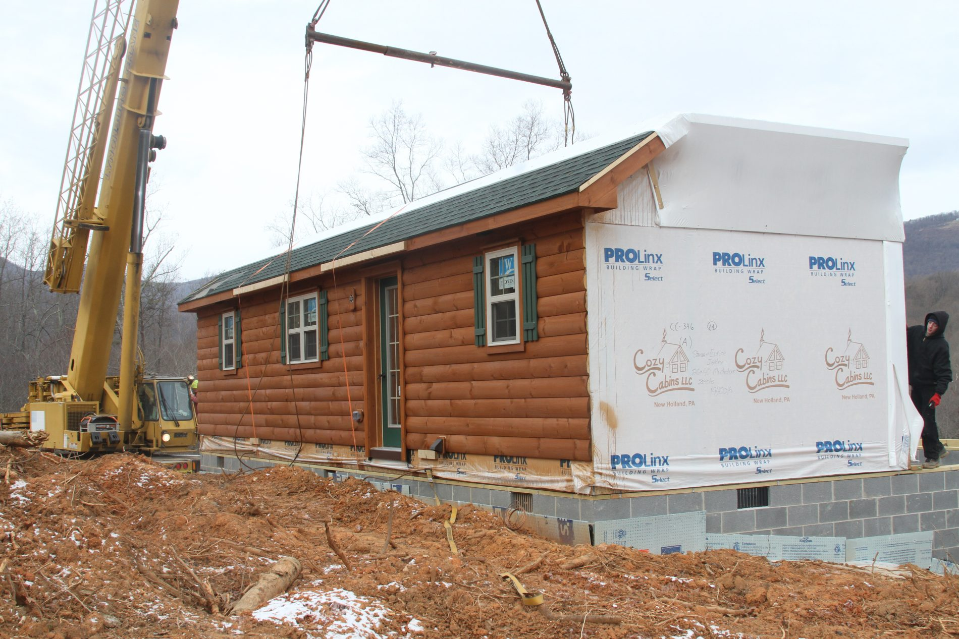 Log cabin home kits prefab log home kits zook cabins for Lodge home kits