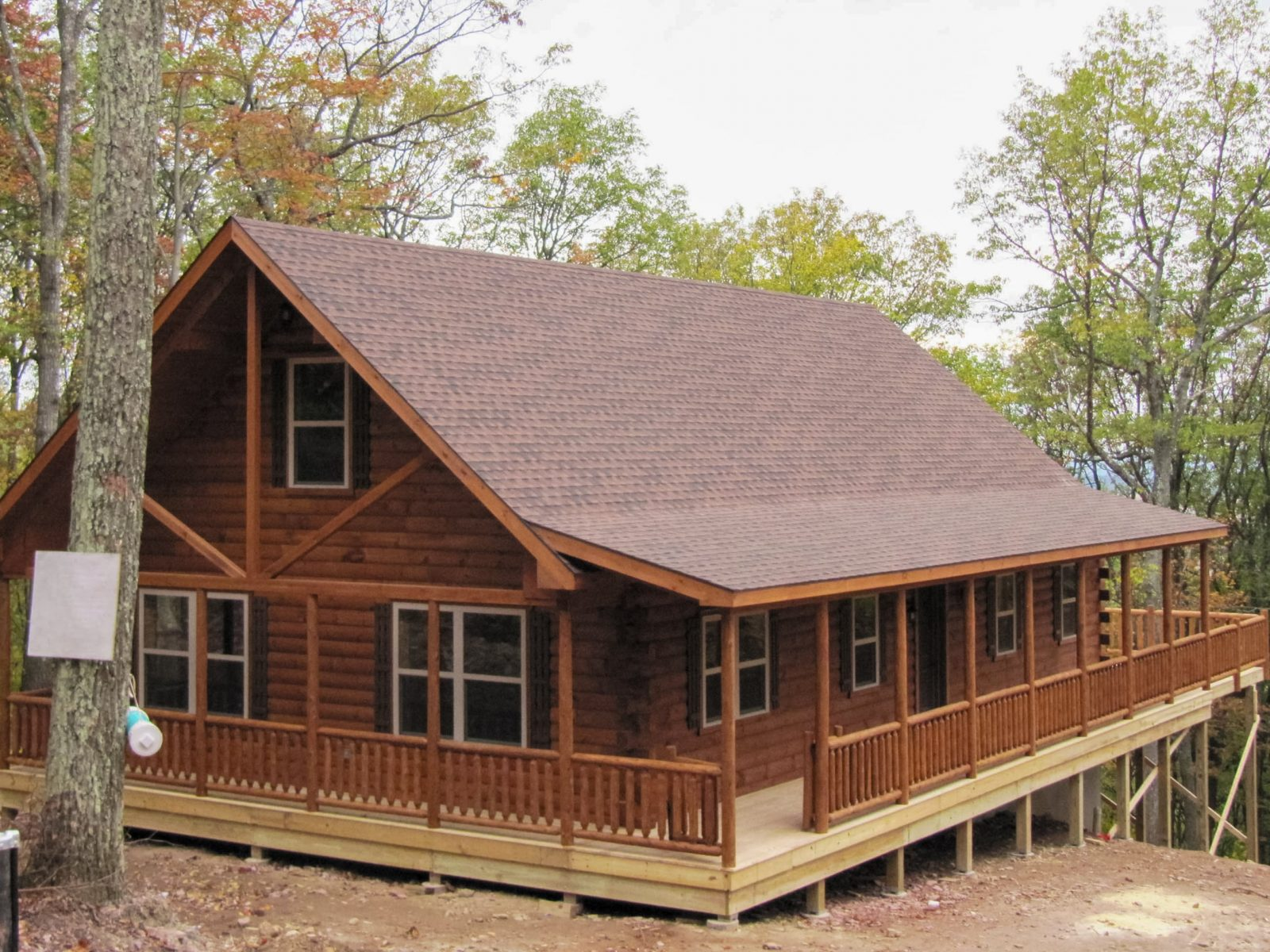 Wraparound porch on lofted cabin 1