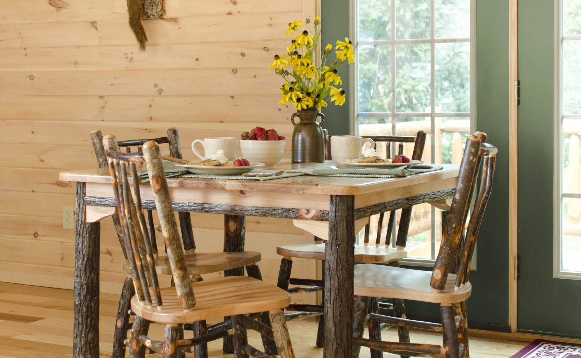 Log Cabin Dining Room Table And Chairs