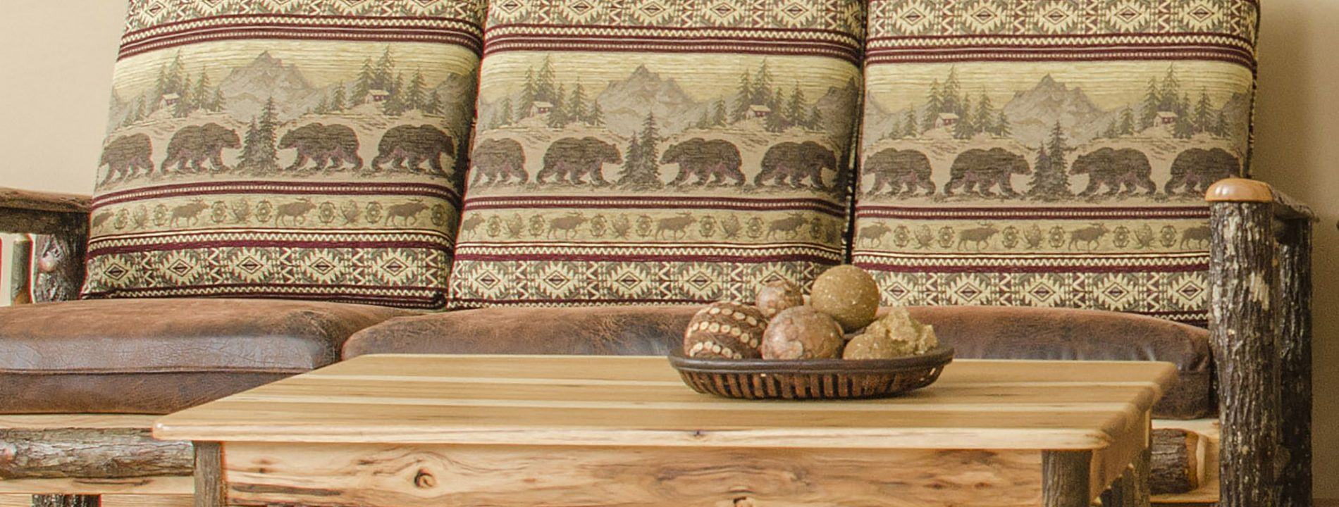 Hickory Living Room Furniture | Amish Hickory Wood Furniture