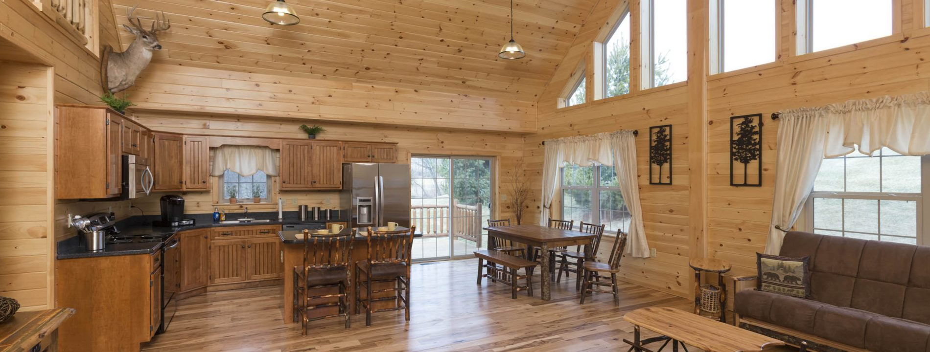 premium wood Log Cabins for hunting camp